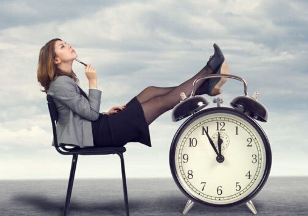Kvinna med klocka